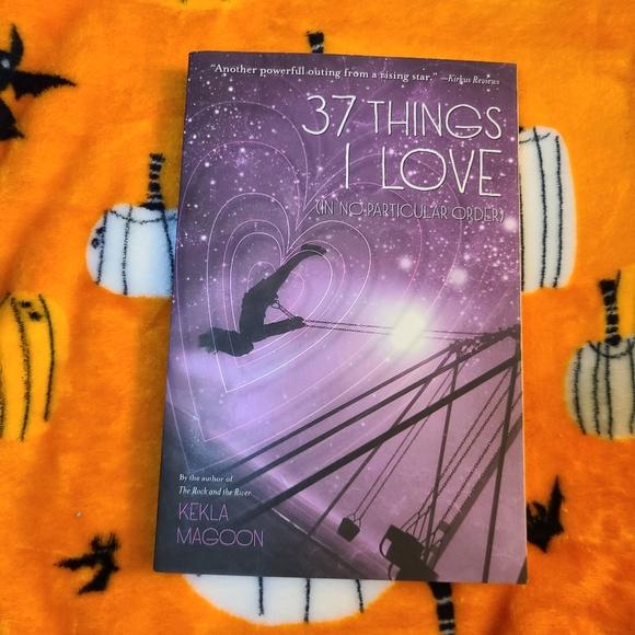 BOGO 37 Things I Love Book